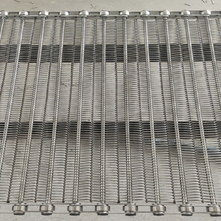 不锈钢网带生锈的解决办法和不锈钢网带表面钝化膜的影响因素