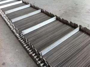 如何确保不锈钢网带表面光亮如新?